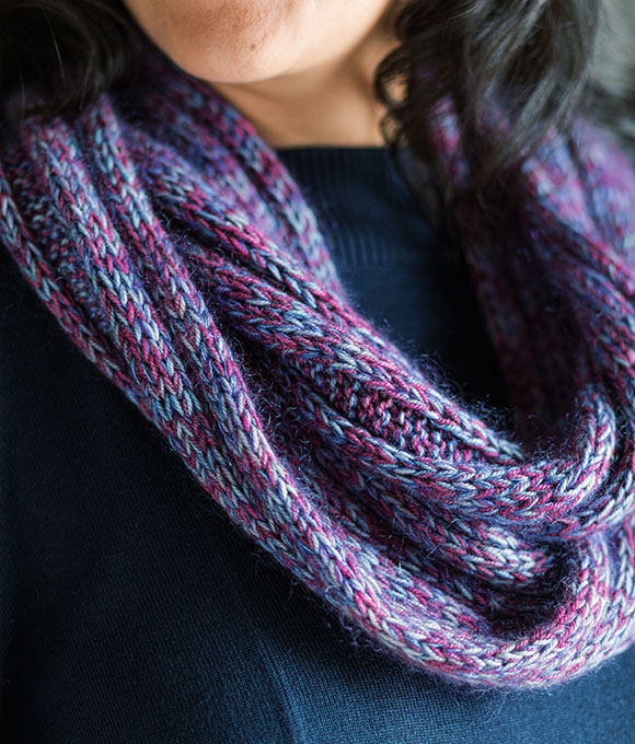 close up details of Five by Five Cowl