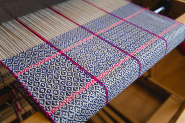 Twill gamp handwoven by Felicia Lo Wong using Gist Beam cotton weaving yarn